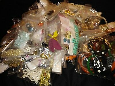 Mied Lot Of Antique/Vintage Jewelry
