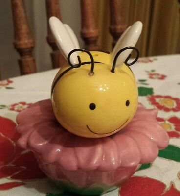 Vintage Bumble Bee and Flower Salt and Pepper Shaker No damage anthropomorphic