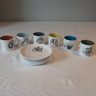 """SUSIE COOPER """"BLACK FRUITS"""" COFFEE CUPS AND SAUCERS x 6"""