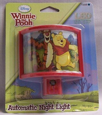 Winnie the Pooh LED Automatic Night Light (EAW)