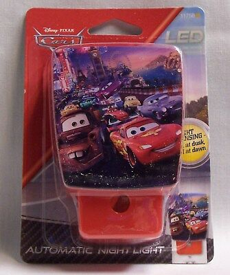 Disney Pixar Cars Automatic Led Night Light Cool touch On at Dusk Off Dawn (EAU