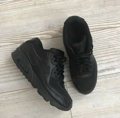 Boys All Black Nike Air Max Trainers Size 4