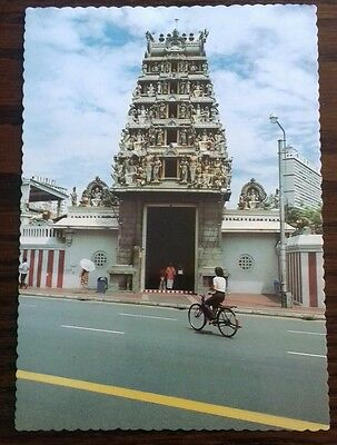Singapore, The Hindu Temple In South Bridge Road Vintage Postcard 1980's