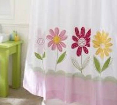 Pottery Barn kids Daisy Aplique Shower Curtain Fabulous Condition