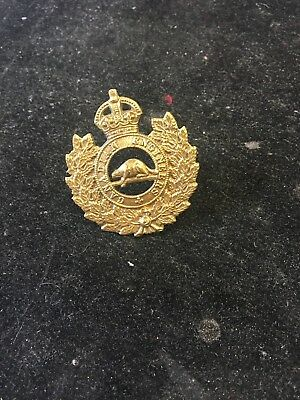 Wwii Canada..canadian Engineers Cap Badge.nice