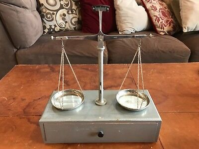 Vintage Apothecary/Jewelry/Gold Scale complete w/weights/Japan on scale/box