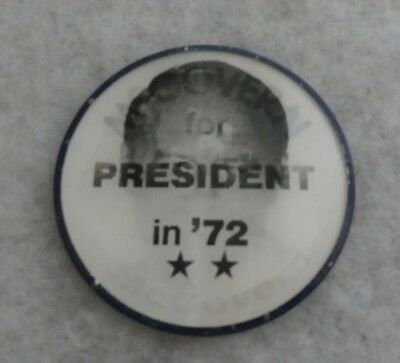 VINTAGE 1972 McGOVERN FOR PRESIDENT '72 VARI-VUE FLASHER BUTTON NO PIN ON BACK