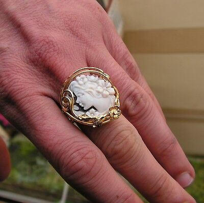 Victorian Arts & Crafts Ring Antique Cameo Shell  Gold Ring Adjustable Italy