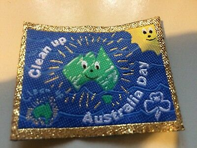 Girl Guides / Scouts Clean Up Australia Gold