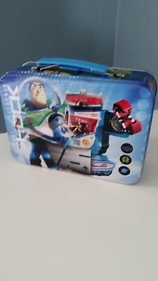 """toy story metal lunch box """"the chase is on"""" great condition, blue"""