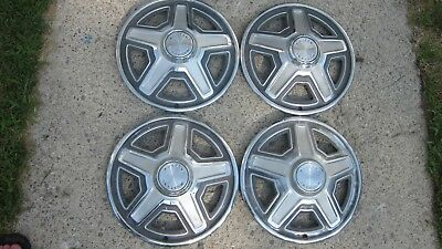 1969 Ford Mustang Hubcaps