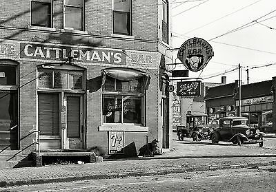1938 Vintage Bar Saloon PHOTO Schlitz Beer Sign Great Depression Omaha Nebraska