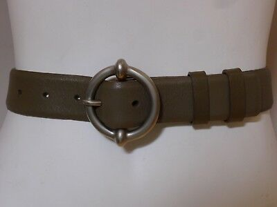 Vintage retro 90s womens green leather Belt country Road