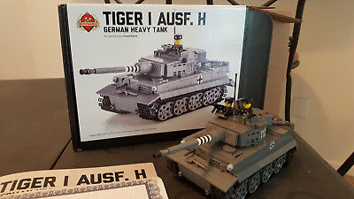 LEGO BRICKMANIA TIGER I Ausf H with additional tank commander