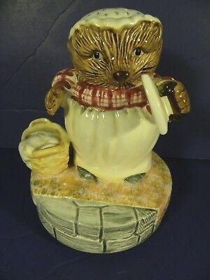 Beatrix Potter Mrs Tiggy Winkle Ceramic Music Box Figurine Hedgehog Peter Rabbit