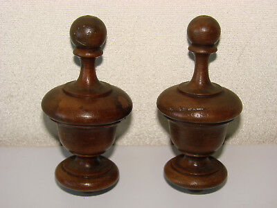 FRENCH ANTIQUES - Pair of wooden finials, hand turned, solid walnut -  (n°3)