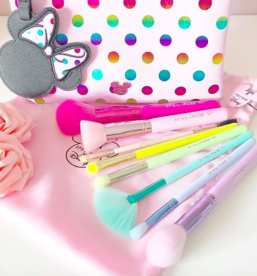 Spectrum Collections Minnie Polka Dot Pouch With 8 Brushes NIB 100% Authentic