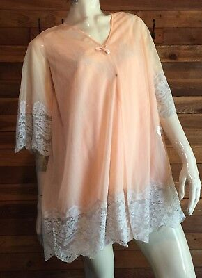 VINTAGE GILEAD PEACH CHIFFON SIZE SMALL NIGHTGOWN and ROBE SET