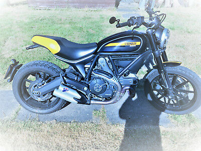 DUCATI SCRAMBLER  FULL THROTTLE 803 motorcyclycle  with EXTRAS may px