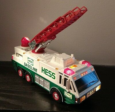 1996 Hess Emergency Toy Truck Excellent Condition 100%