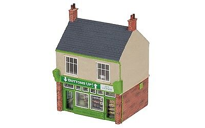 Hornby The Off Licence R9844 OO Scale (suit HO also)