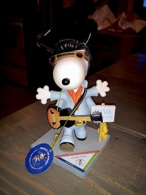 """SNOOPY PEANUTS ON PARADE #8426 WESTLAND GIFTWARE """"Love Me Tender"""""""