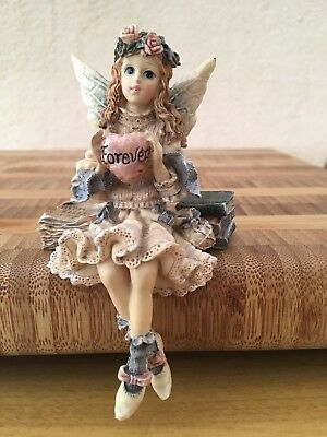 The Boyds Collection Angel Shelf Sitter Wee Folkstone Collection Forever (Heart)