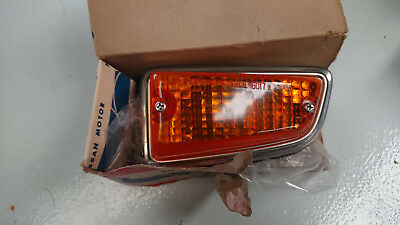NOS Datsun 610 - front indicator RIGHT side marker COMPLETE  - genuine IKI
