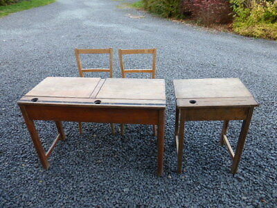 *CLEARANCE* LOW £££ VINTAGE 1950s PINE CHILDREN'S SCHOOL DESKS AND CHAIRS