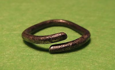 Scythian-Sarmatia Silver Old Ring - Temporal 7-3 th Century BC 1.6 grams