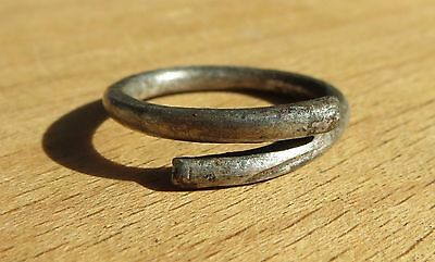 Scythian-Sarmatia Silver 1 Old Ring - Temporal 7-3 th Century BC 3 grams