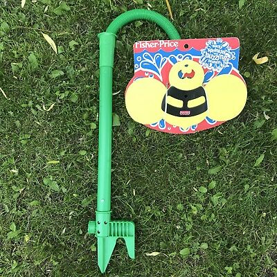 ✳️ NEW Vtg Fisher Price Buzzing Bee Sprinkler Kids Outdoor Water Toy Hose 72812