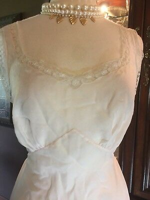 Old Hollywood antique Vintage 1930-1940s Night Gown Silk Swiss Dot Lace Lovely