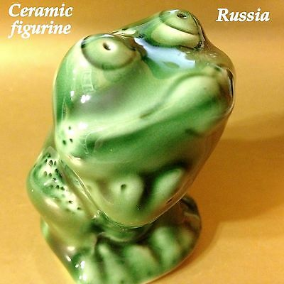 Frog figurine glaze ceramics handmade made in Russia toad