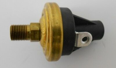 Hobbs 78152 Pressure Switch 5000 Series 15 psi Normally Closed