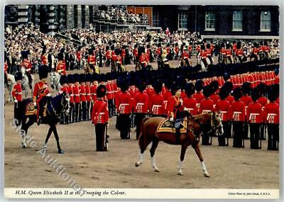 51850295 - Queen Elizabeth II at the Trooping Colour Adel England