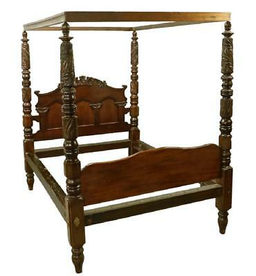 CHIPPENDALE FOUR-POST BED, 19th century ( 1800s )