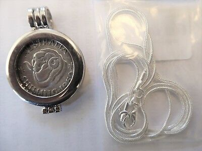 COIN PENDANT 1950 Australian 50% silver SHILLING in a bezel with silver chain