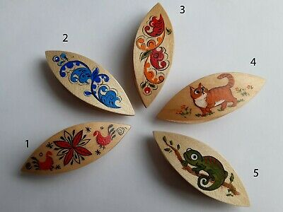 Wooden Hand Painted Tatting Shuttle in Assortiment