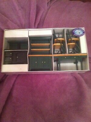 Dolls House 1:12th Scale Streets Ahead Green Kitchen Set