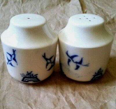 Beautiful Vintage Blue White Salt & Pepper Shakers Swallows Birds Hand Painted