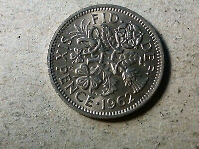 Great Britain 6 pence sixpence 1962 young queen Wedding gift coin . high grade