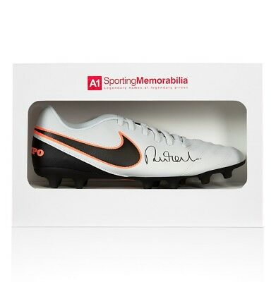 Robbie Fowler Signed Football Boot - Nike Tiempo - Gift Box Autograph Cleat