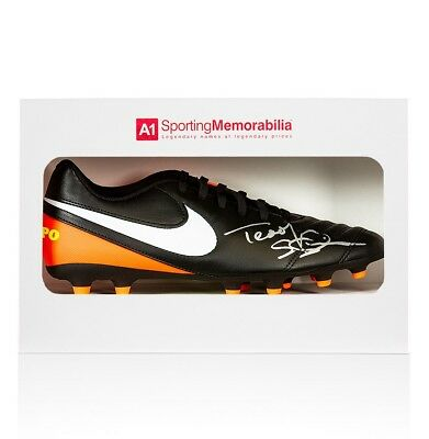 Teddy Sheringham Signed Football Boot - Nike - Gift Box Autograph Cleat