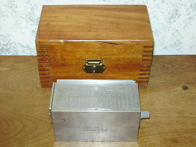 BROWN & SHARPE MAGNETIC BLOCK NO 255 w/ CASE