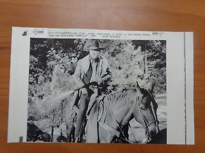 Vintage Wire Press Photo Actor John Wayne Western Cowboy The Duke Wife #21