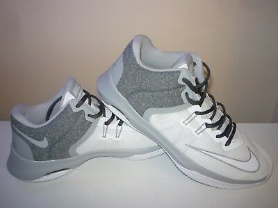 low priced 6fc6d b3a0d NIKE BASKETBALL ChaussureS Air Flight Solo SizUk Or Argent Argent Argent  070acc