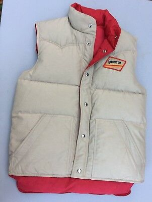 Gordon's Gin Promotional Down Vest Mens Sz. M Reversible Tan/Red w Logo Patch