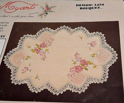 Vintage? Myart 2 Round Doilies Crewel Embroidery Stamped Linen Bouquet & Threads