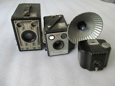 3 Vintage 1940's/50's Kodak BROWNIE cameras, Baby, Six 20 Junior & Flash II